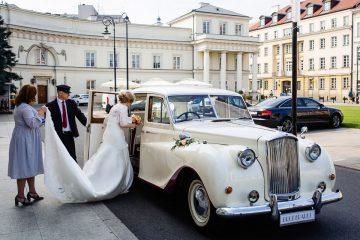 ślub w Hotelu Bellotto, wyjazd do kościoła